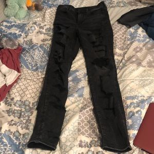 New stretch ripped black American eagle jeans